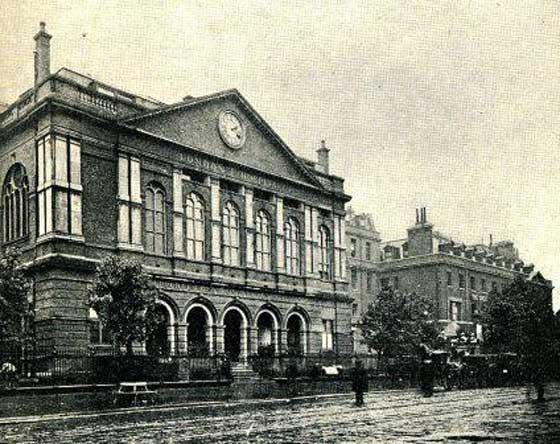 london-hospital-exterior