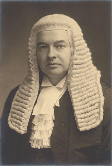 Gordon_Hewart,_1st_Viscount_Hewart